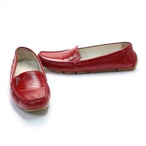 Gucci Shoes - SOLD. Gucci drivers in patent leather