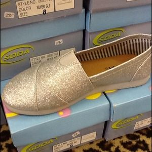 Shoes - NWT Silver Glitter Slip On Shoe