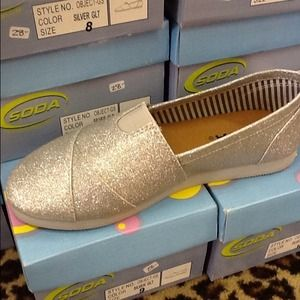 Shoes - Silver Glitter Slip On Shoe