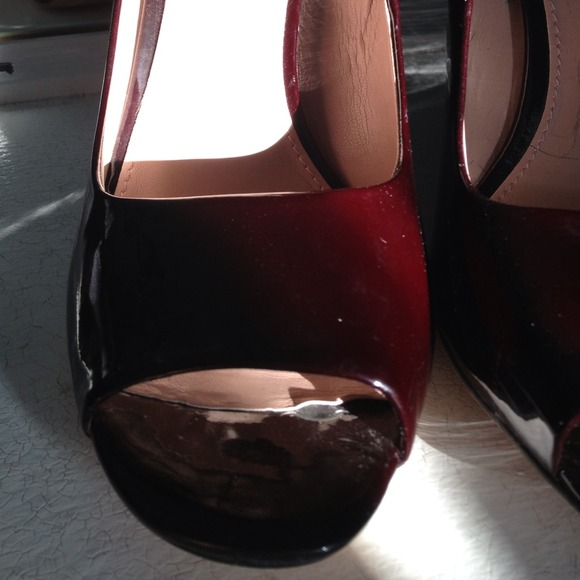 Vince Camuto Shoes - Vince Camuto oxblood patent heels