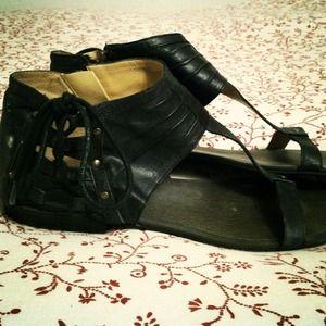Nine West Shoes - SOLD Nine West Black Leather Gladiator Sandals