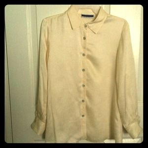 Amanda Smith button up blouse