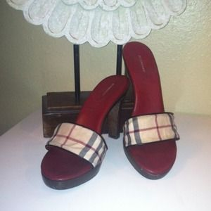 Burberry Shoes - ✨Reduced✨Authentic Burberry Heels