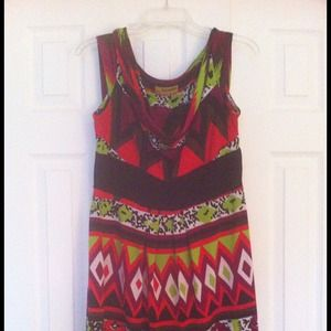 Dresses & Skirts - Beautiful print dress- reduced