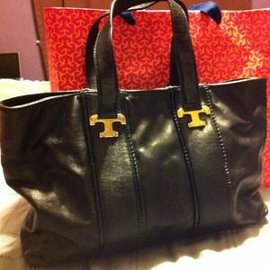 Tory Burch Handbags - Authentic black leather Tory Burch tote