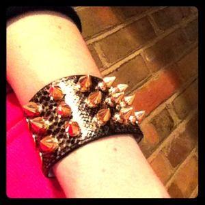 Jewelry - Bundled