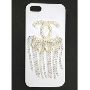 Accessories - CC Logo Pearl Tassel iPhone 5 Case