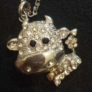 Jewelry - Cute Bling Cow Long Necklace