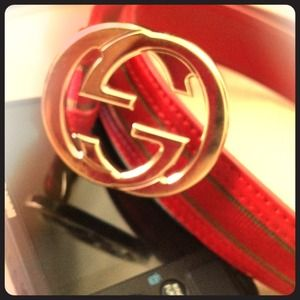 Gucci Accessories - 🎉🌟Host Pick!🌟Authentic!! RED Gucci Belt