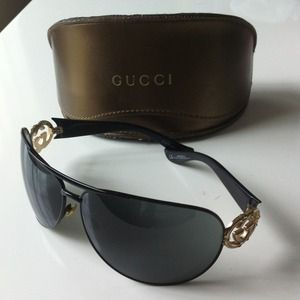 Gucci Accessories - ❌RESERVED❌Gucci Sunglasses GG2834/S BKSP9