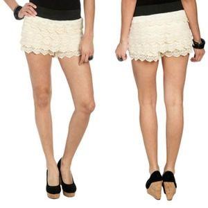 Dresses & Skirts - Lace Short / Skirt skort