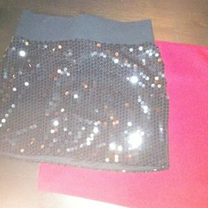 Dresses & Skirts - Perfect holiday mini skirts, red and blacksequins.