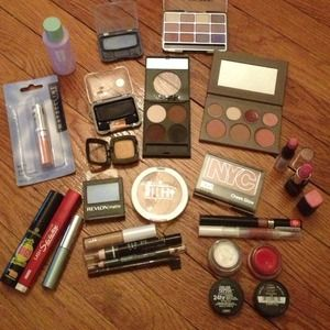 Mac Accessories - Makeup lot/bundle! NYX, maybelline, Milani etc