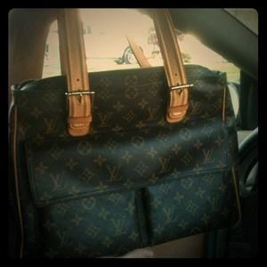 Louis Vuitton Handbags - 🚫SOLD🚫 Louis Vuitton Purse