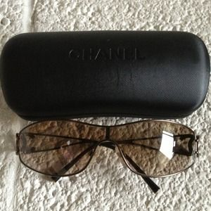 CHANEL Accessories - AUTHENTIC Channel Sunglasses