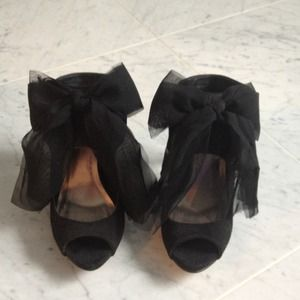 Mix No6 black suede with amazing bow detail