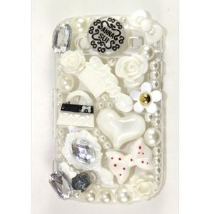 Accessories - White Anna Sui Blackberry Bold 9900 Case