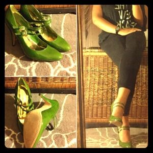 Enzo Angiolini Shoes - Green Patent leather Mary Janes || Enzo Angiolini