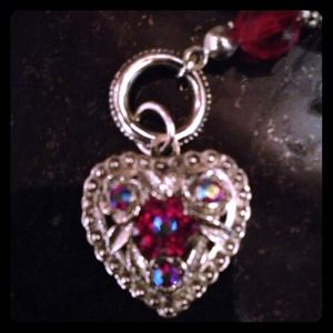 Jewelry - NWOT Heart and key locket necklace.