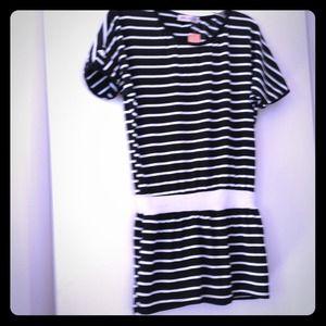 Tops - NWT Striped Tunic/dress size M/L