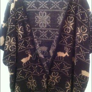 BUNDLE @raychillz Cape sweater & cropped sweater