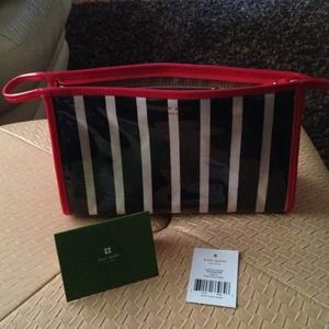 kate spade Handbags - 🌷Bundle🌷Kate Spade make up bag and Wilson's bag