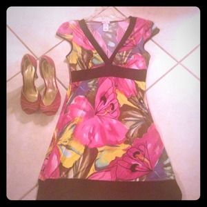 Dresses & Skirts - Water color dress (M) & 5'in. stunning heels Sz. 8
