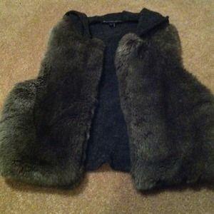 Outerwear - LARGE Faux fur Vest