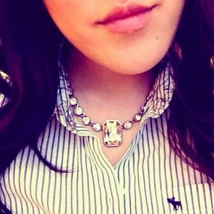 Ann Taylor Jewelry - Beautiful rhinestone necklace