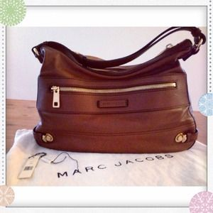 "Marc Jacobs Handbags - ✨24 HR SALE✨ Marc Jacobs Collection ""Sofi"" bag!!!"