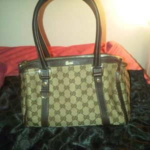 Gucci Abbey Medium Boston Bag