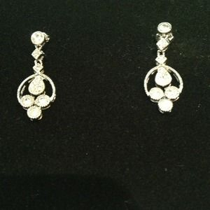 Jewelry - NWOT Cz dangling post earrings. Great for a bride!