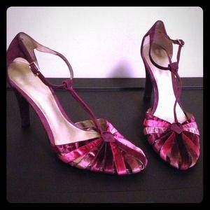 Nine West Shoes - Nine West Velvet and suede heels