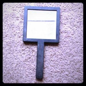 Accessories - Mac mirror & mac belt