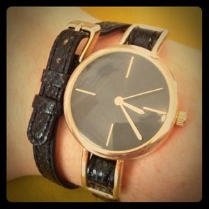 Black and gold wrap watch
