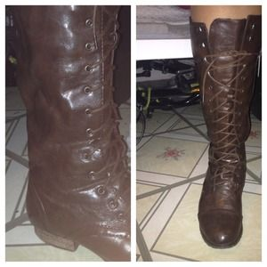 Boots - Brown lace up boots
