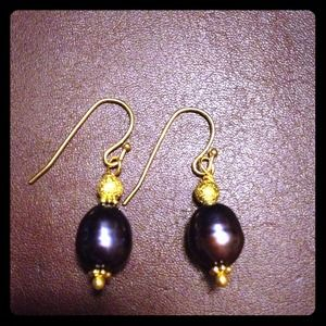  Deep purple freshwater pearl earrings