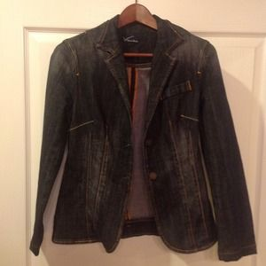 Vigoss Studio Blazer type jean jacket