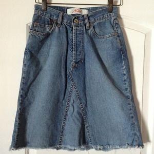 Dresses & Skirts - K24 knee length jean skirt