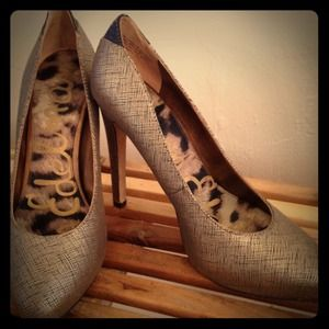 Sam Edelman Bronze Pumps