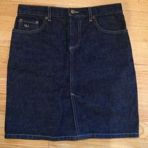 Dresses & Skirts - Marc Jacobs denim skirt sz 2