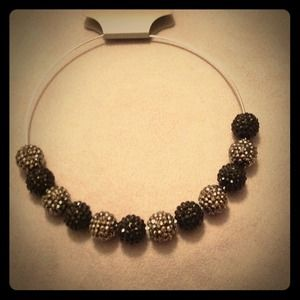 Jewelry - 🎶 Black/Hem Glitz Necklace