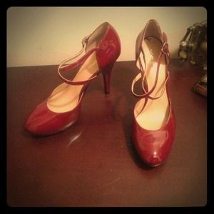 *Reduced* NW Patent leather heels by Via Spiga