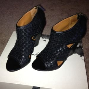 Elizabeth and James Shoes - Elizabeth & James booties