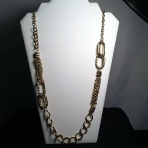 "Jewelry - 🎀SOLD🎀16"" Goldtone Chain Link Necklace"