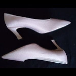 Dyeables Light pink heels