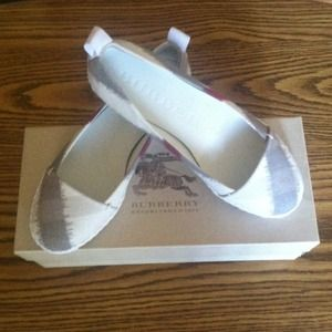 Burberry Shoes - *Reserved* Burberry flats