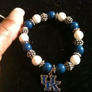 Jewelry - University of Kentucky Bracelet❤