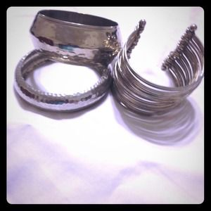 Jewelry - Assorted Silver Bangles