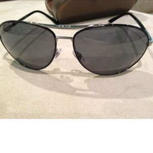 Gucci Accessories - ⛔SOLD⛔ Brand new Gucci aviator mens sunglasses